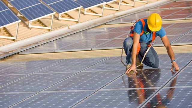 Innovative businesses help communities capitalize on solar