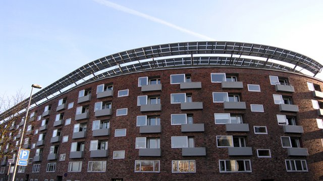 New Yorkers soon can tap solar energy for their apartments