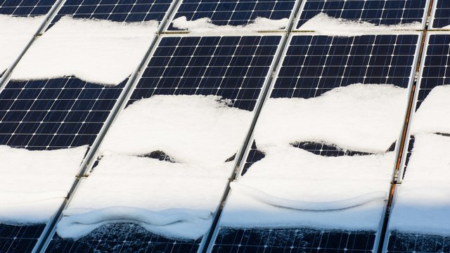 Solar Panels Can Thrive in Winter Weather