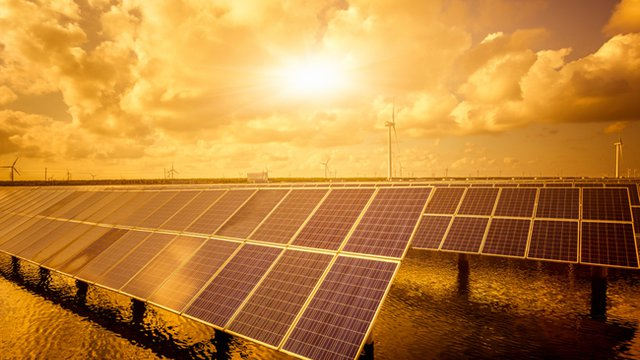 Navy, electric company teaming to build Hawaiian solar farm