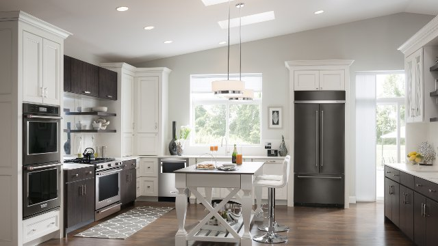 Amazing black stainless steel finishes revolutionize kitchen design ...