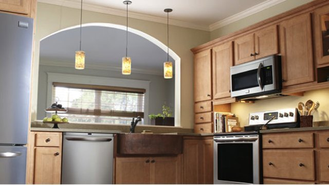 Kitchen remodeling on a budget: 7 tips for the WOW factor