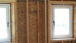 The 12-inch-thick double walls provide plenty of space for insulation.