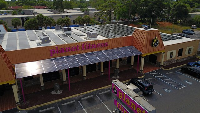 Fla. Planet Fitness builds solar strength