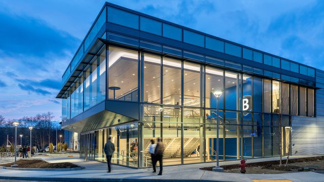 Standalone ice arena shoots and scores first LEED Platinum rating